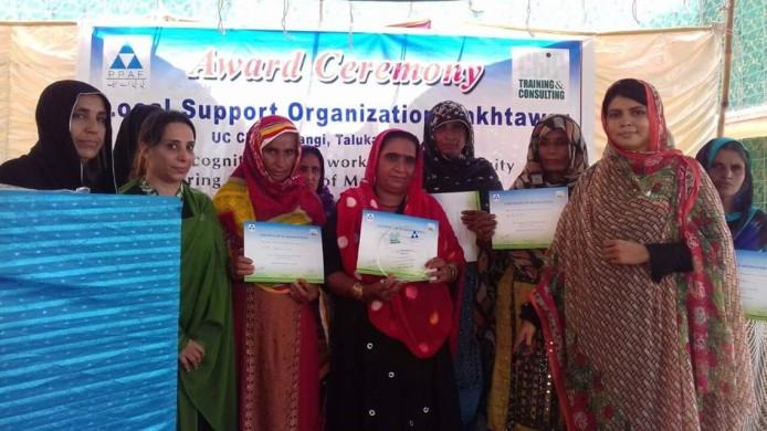 WomenVolunteerOrganizations_Public.jpg